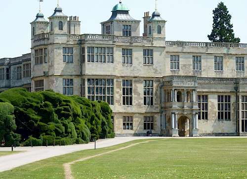 Audley End House, assisting in the full research of selected interiors. Employer: English Heritage
